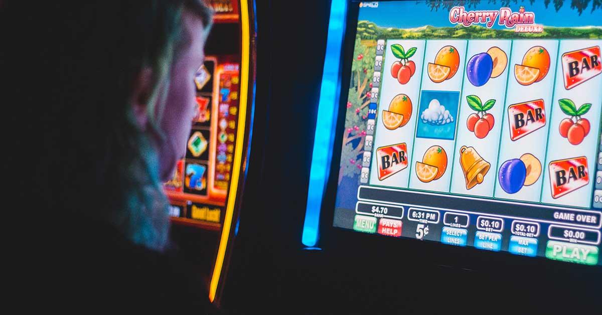 slot machines benefits